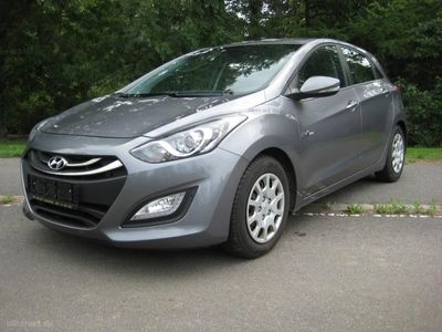 brugt Hyundai i30 1,6 CRDi Style ISG 110HK 5d 6g