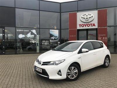 used Toyota Auris 1,8 VVT-I H2+ Comfort E-CVT 136HK 5d Aut.