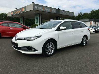 brugt Toyota Auris Touring Sports 1,8 Hybrid H2 Comfort 136HK Van Aut.