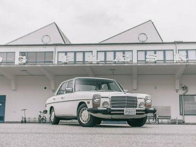 brugt Mercedes E300 200 230 (W115) D