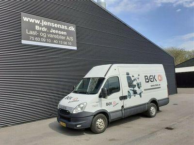brugt Iveco Daily 35S15 12,3m3 2,3 D 146HK Van 2014