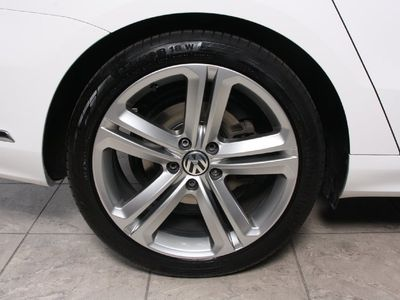 brugt VW Passat 2,0 TDi 177 R-line Variant DSG BMT