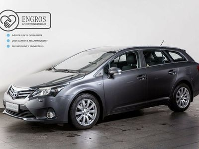 usado Toyota Avensis 2,2 D-CAT 150 T2 Touch stc. aut.