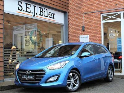 brugt Hyundai i30 Cw 1,6 CRDi EM Edition ISG 110HK Stc 6g A+
