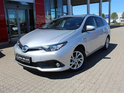 brugt Toyota Auris Touring Sports 1,8 Hybrid H2 Comfort 136HK Stc