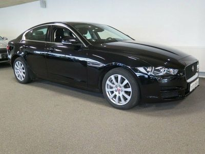 second-hand Jaguar XE 2,0 D180 Pure