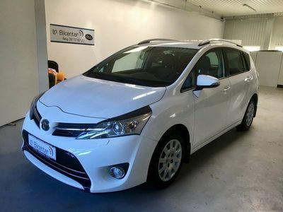 gebraucht Toyota Sportsvan 1,6 D-4D T2 Touch