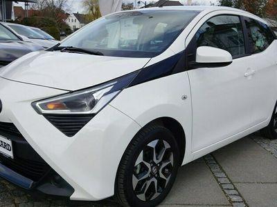 brugt Toyota Aygo 10 VVT-I X-plore DAB+ 72HK 5d