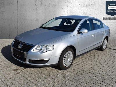 brugt VW Passat 2,0 BlueMotion TDI DPF Trendline 110HK - Personbil - Sølvmetal