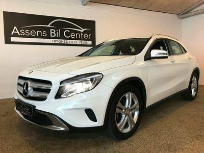 gebraucht Mercedes GLA200 1,6 aut.
