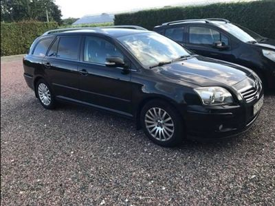 brugt Toyota Avensis 2,0 STW D-4D DPF, EXECUTIVE