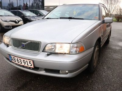 brugt Volvo V70 2,4 140 aut.
