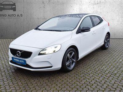 brugt Volvo V40 2,0 D3 Momentum 150HK Stc - Personbil - hvid