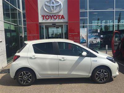 brugt Toyota Yaris Hybrid 1,5 B/EL Hybrid Comfortpakke E-CVT 100HK 5d