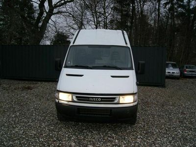 brugt Iveco Daily 2,3 35S14 8,3m³ Van AG