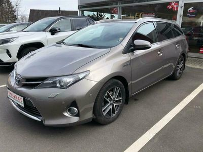 brugt Toyota Auris Hybrid 1,8 VVT-I Premium E-CVT 136HK Stc Aut.