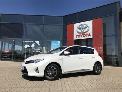 used Toyota Auris 1,8 VVT-I H2+ E-CVT 136HK 5d Aut.