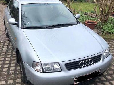 käytetty Audi A3 1,6 101HK 3d