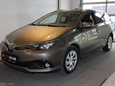 usata Toyota Auris Touring Sports 1,6 D-4D T2 Comfort Safety Sense 112HK Stc 6g