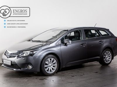 gebraucht Toyota Avensis 2,2 D-CAT 150 T2 Touch stc. aut.