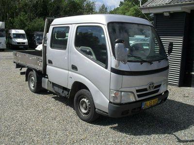 usado Toyota Dyna 100 3,0 D-4D Mandskabsvogn m/lad