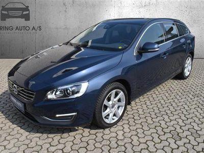 brugt Volvo V60 2,0 D4 DRIVe-E Momentum 181HK Stc 6g - Personbil - mørkblåmetal