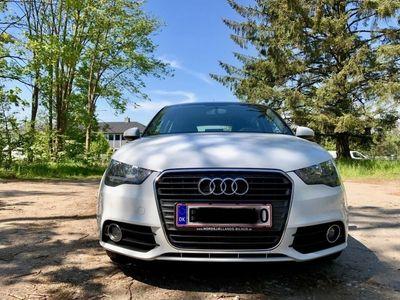 gebraucht Audi A1 Sportback 1,6 TDI Ambition 90HK 5d