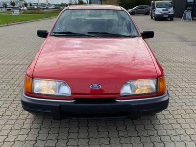 brugt Ford Sierra 1,6 clx 5 gears