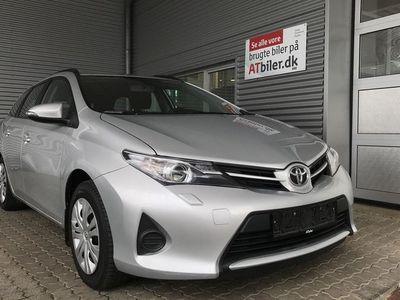 usado Toyota Auris 1,6 Valvematic T1+ 132HK Stc 6g