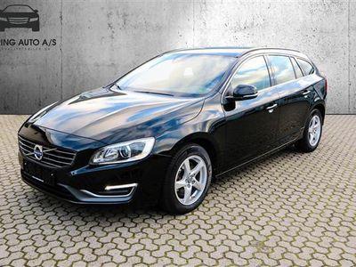 käytetty Volvo V60 2,0 D4 DRIVe-E Momentum 181HK Stc 6g - Personbil - sort