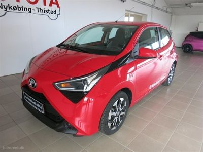 usado Toyota Aygo 1,0 VVT-I X-play + Go-pakke 72HK 5d
