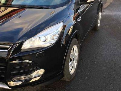 brugt Ford Kuga EcoBoost (180 HK) SUV AWD (firehjulstræk) Aut