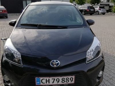brugt Toyota Yaris Hybrid 1,5 VVT-I Style E-CVT 100HK 5d Aut.