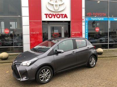 usata Toyota Yaris 1,0 VVT-I T2 69HK 5d