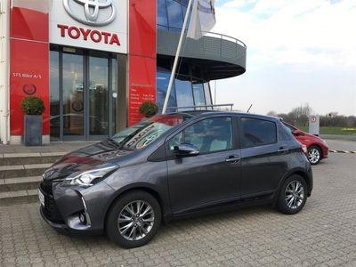 begagnad Toyota Yaris 1,5 VVT-I T2 Executive 111HK 5d 6g