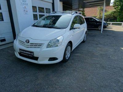 brugt Toyota Sportsvan 2,0 D-4D T3