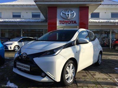 usado Toyota Aygo 1,0 VVT-I X-Wave 69HK 5d