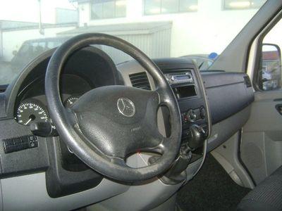 brugt Mercedes Sprinter 215 2,2 CDi R2 Kassevogn