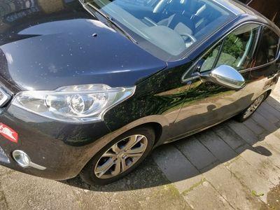 brugt Peugeot 208 1,2 VTI 82 HK 5-D