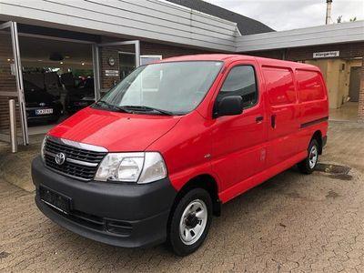 used Toyota HiAce Lang 2,5 D-4D m/komf. 4x4 116HK Van