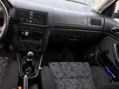usado VW Golf 1,8