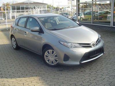 brugt Toyota Auris 1,3 VVT-i T1+