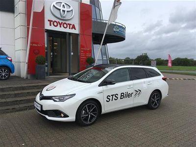 brugt Toyota Auris Touring Sports 1,8 B/EL Selected Bitone 136HK Stc Aut.