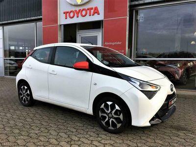 brugt Toyota Aygo 1,0 VVT-I X-plore DAB+ 72HK 5d