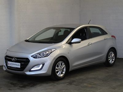 gebraucht Hyundai i30 1,6 CRDi 110 Premium DCT