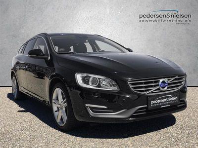 brugt Volvo V60 2,0 D5 Momentum 225HK Stc 8g Aut.