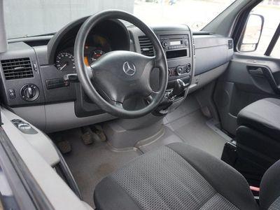 brugt Mercedes Sprinter 216 2,2 CDi R2 Kassevogn