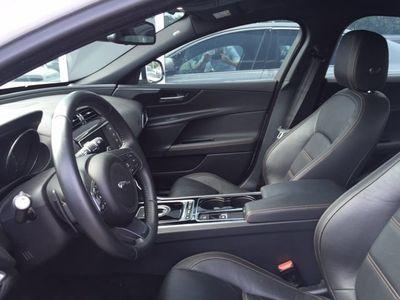 brugt Jaguar XE 2,0 i4D 180 Prestige aut.