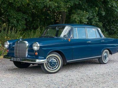 brugt Mercedes 190 190 230 (W110)