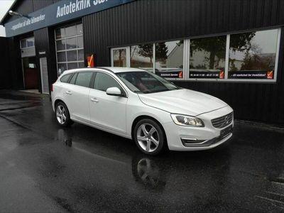 brugt Volvo V60 2,0 D4 Momentum 181HK Stc 8g Aut.